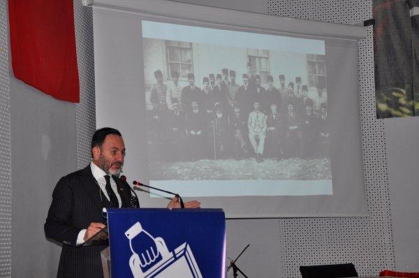 Atatürk ve Ekonomi konferansı